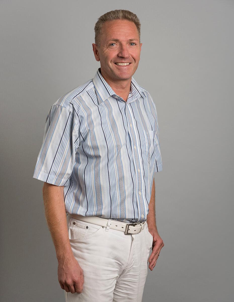 Dr. Thomas Trieb