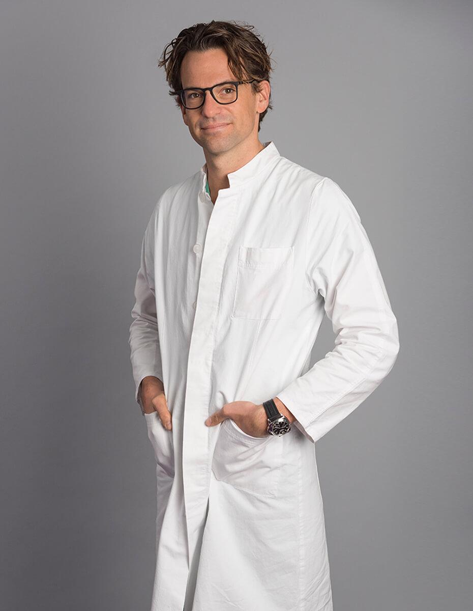 Dr. Alexander Papp