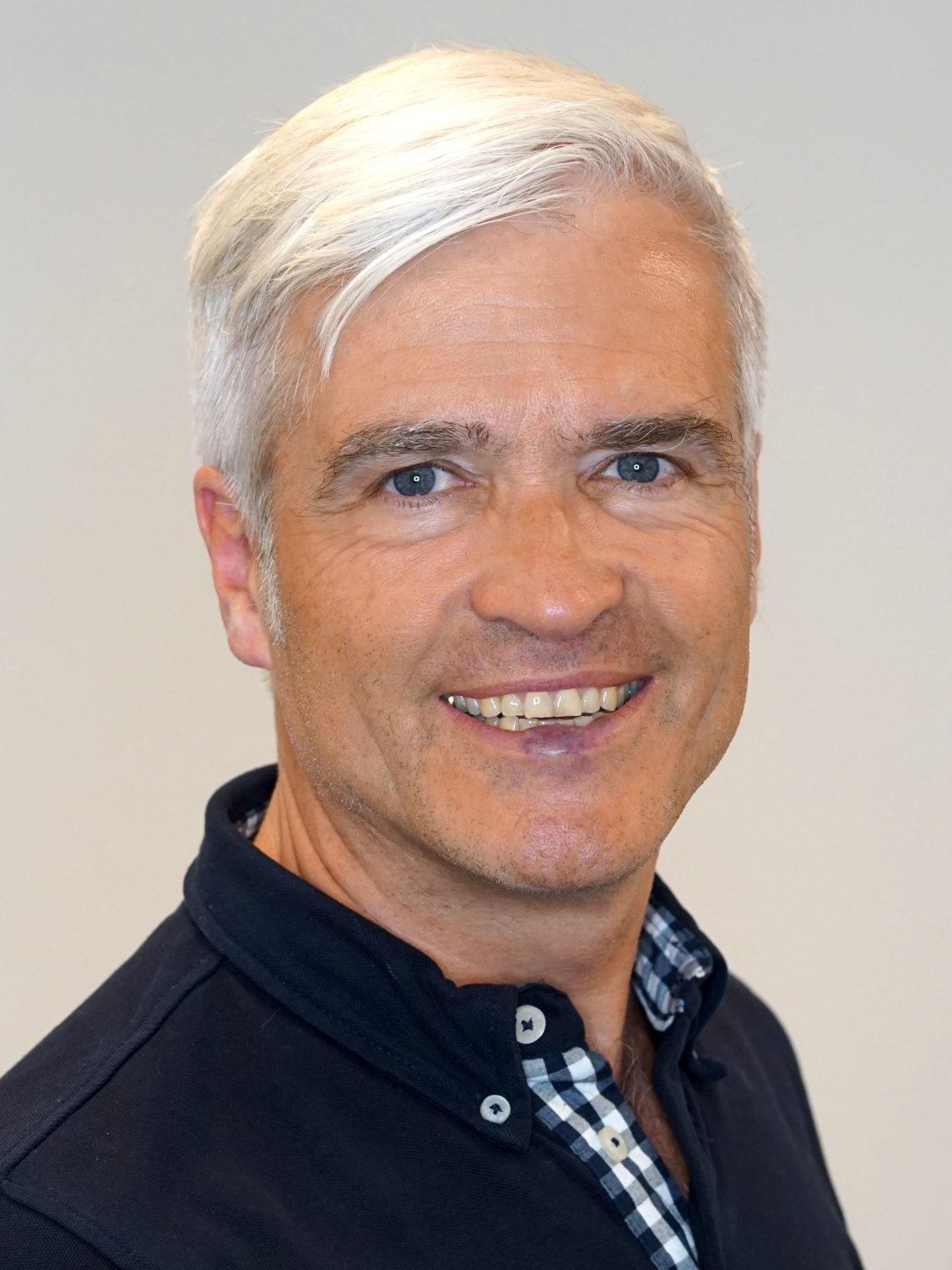 Dr. Falk-Christian Heck